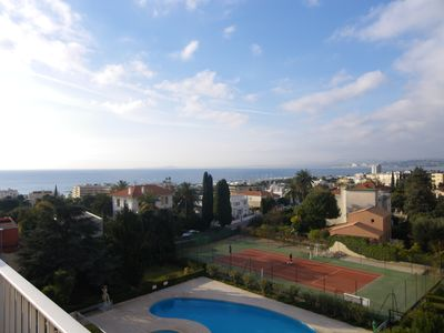 Photo for 2 room apartment in residence with swimming pool & tennis