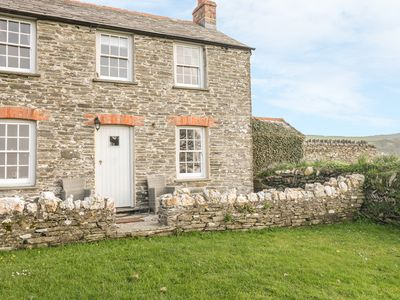 Photo for Home Farm Cottage, BOSCASTLE