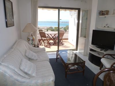 Photo for Appt with panoramic view to 12 mn on foot of the beach and the town center