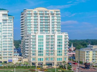 Photo for Luxurious one bedroom at the sophisticated Oceanaire Resort Hotel on VA Beach.