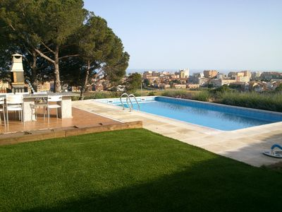 Photo for House 5km of Costa Brava with private pool, garden, sea views