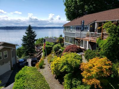 Photo for Private, Secluded, Spectacular View, 15 Minutes to Downtown Seatttle