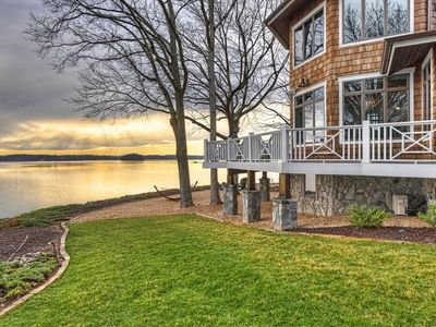 Photo for Luxurious Breathtaking Home with Expansive Waterfront Views