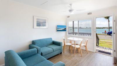 Photo for Lakeside Flats 6 - Budget Accommodation Overlooking the Lake