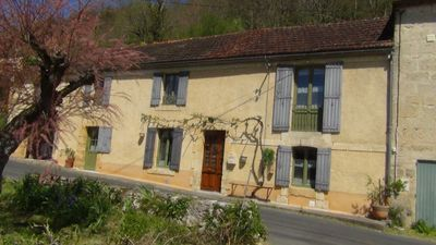 Photo for 3BR House Vacation Rental in Saint-Cyprien, Nouvelle-Aquitaine