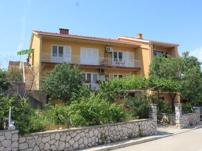 Photo for Two bedroom apartment with balcony and sea view Cres
