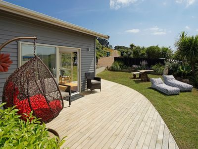 Photo for Fairview Apartment 2 bedroom - Stay Waiheke