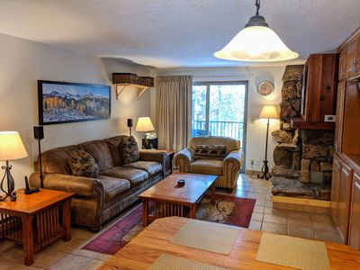 Photo for Fresh, Platinum Rated in-Town Condo w/W&D, Pool/Spa, WiFi, 3 HDTVs, Free Shuttle