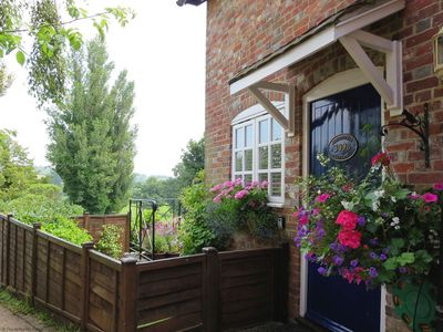 Photo for 1BR Cottage Vacation Rental in Petworth, West Sussex
