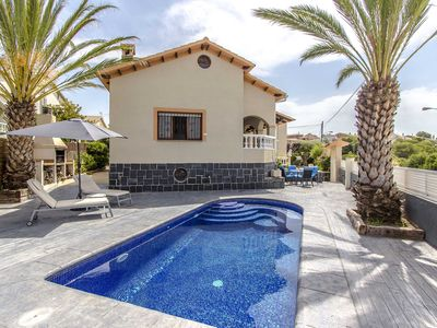 Photo for Catalunya Casas: Picturesque Villa Isabel for 12 - 18 guests, just a short drive to the beach!