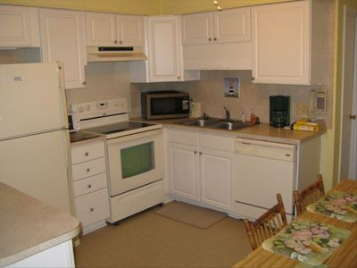 Full Kitchen - refrigerator, stove, microwave, dishwasher, toaster oven