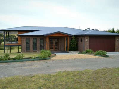 Photo for 5BR Hotel Vacation Rental in Lake Bunga, VIC