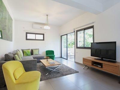 Photo for 2 Bedrooms (Spacious) Apartment - 114 Dizengoff Street.