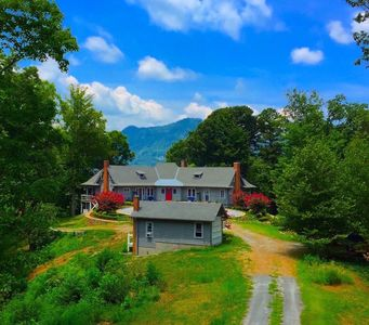 Photo for 1920's  Historic Mountain Home