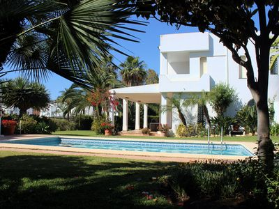 Photo for Villa at golf course, private pool. 5min Banus.