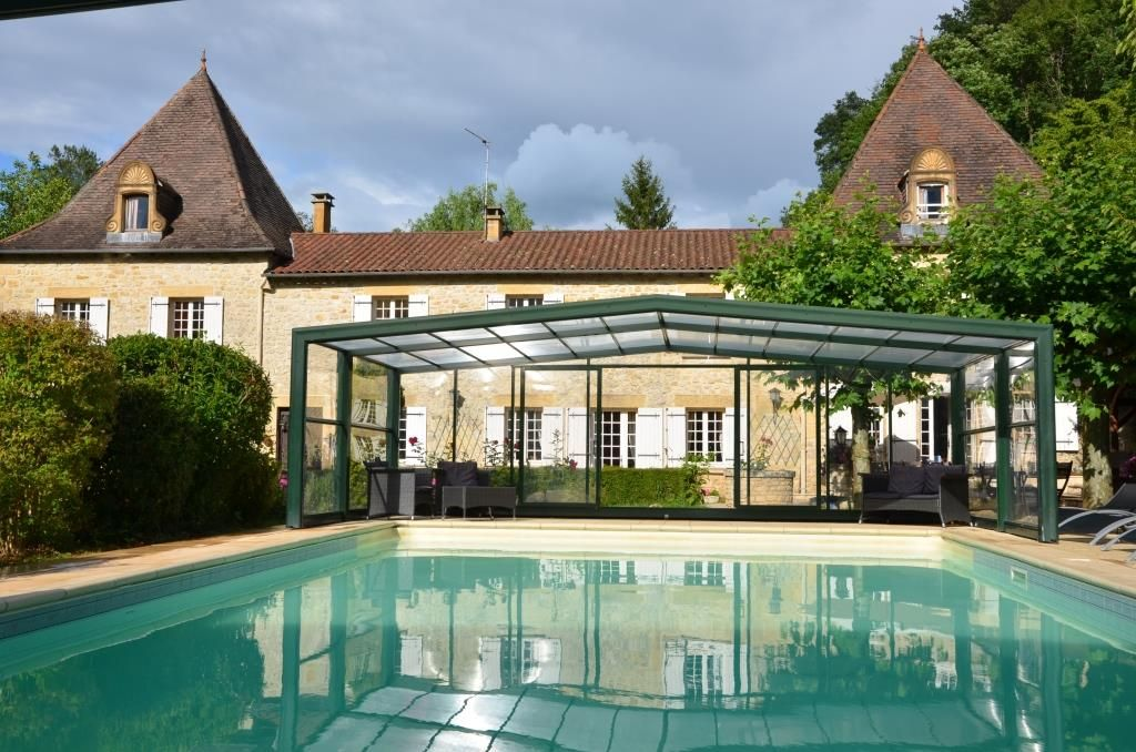 Authentic and comfortable house with heated indoor pool (from April to  November)