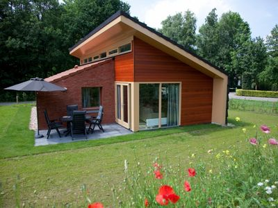 Photo for Luxury 4-person bungalow in the holiday park Landal Landgoed Aerwinkel - rural location