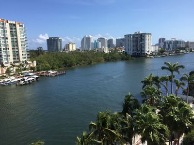 Photo for Luxury Ft lauderdale waterfront condo, oceanview, walk to the beach!