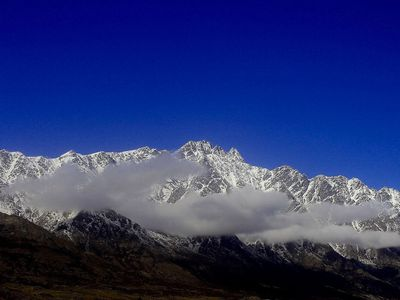 Photo for Mountain Views - Queenstown Holiday Apartment