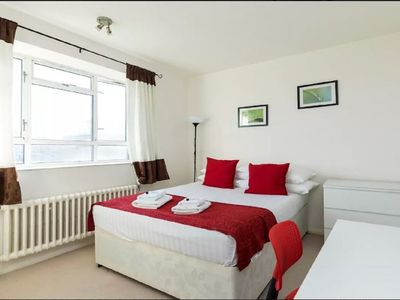 Photo for 3 Bed flat in the heart of Pimlico