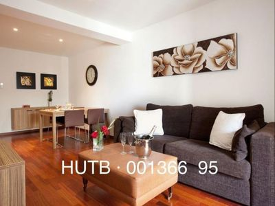 Photo for Hércules Pequeño I apartment in Eixample Dreta with WiFi, air conditioning, private terrace & lift.