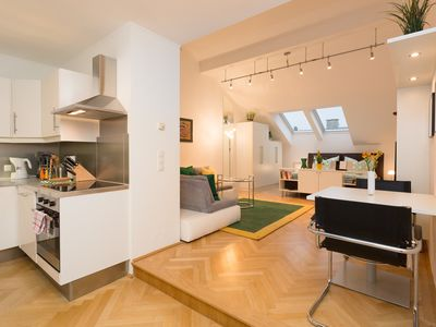 Photo for Charming 50m² studio apartment in downtown