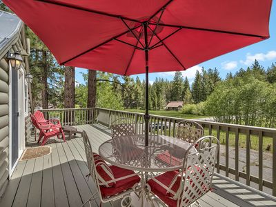 Photo for Sooo charming-On meadow, unobstructed Heavenly view, hot tub, walk to dining