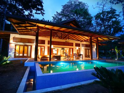 Photo for Luxury balinese style villa with pool, 150 meters from the beach