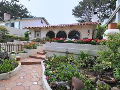 Your place - 1500 Sq. Ft. ! Exterior ocean view patios, gardens, fireplace