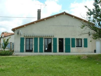 Photo for House 6 people in Charente