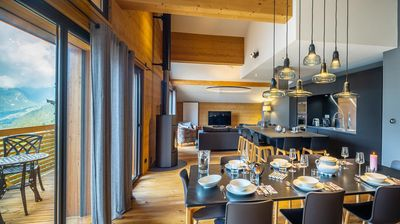 Photo for Luxury apartment at the foot of the slopes and a short walk from the center of Châtel