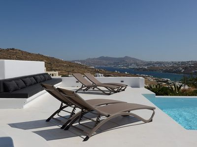 Photo for Beautiful Villa with pool in Ornos, Mykonos