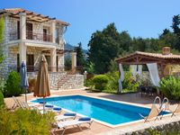 Villa Katerina is a beautiful house located near to a number of lovely beaches and towns.