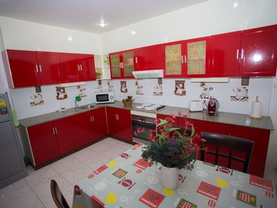 Photo for Patong Center appart 125m2 (6 persons) quiet residence, sought-after location