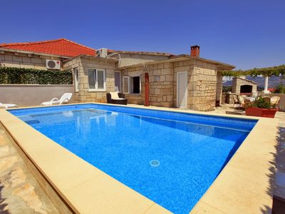 Photo for Amazing Villa with Beautiful Swimming Pool