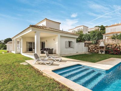 Photo for 3 bedroom Villa, sleeps 6 in Arenal d'en Castell with Pool, Air Con and WiFi