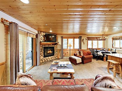 Photo for Timberwolf All-Suite 2BR w/ Hot Tubs & Garage Parking, Near Ski Lift
