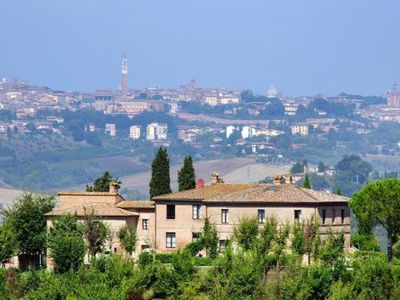 Photo for Holiday residence Podere Vesta, Isola d' Arbia  in Um Siena - 6 persons, 2 bedrooms