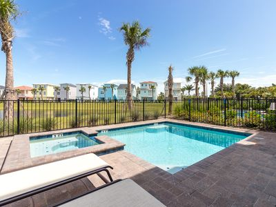 Photo for Margaritaville Cottage with private pool and hot tub! Waterpark, Lagoon pool and poolside Tiki Bar!