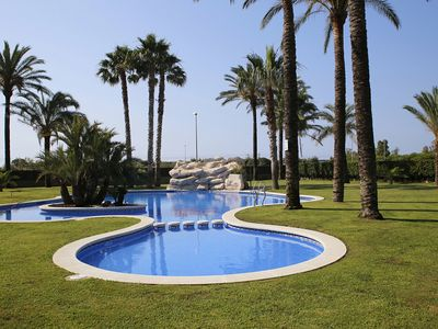 Photo for AT119 NOVA TORREDEMBARRA: Apartment with communal pool 250m from the beach