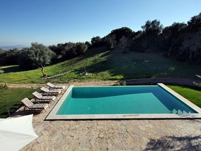 Photo for Beautiful country house for 8 + 2 people with pool and panoramic views