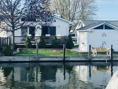 Photo for Charming Anchor Bay Canal Home on Lake St. Clair