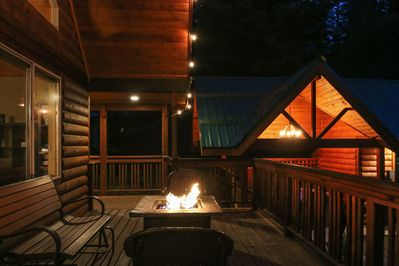 Enjoy a propane firepit with a glass of wine under the stars