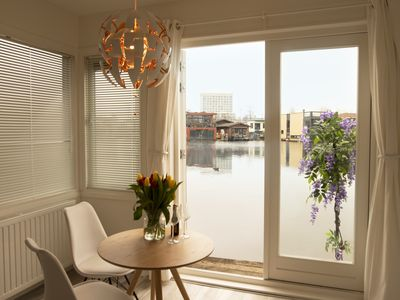 Houseboat – wake up with great view!