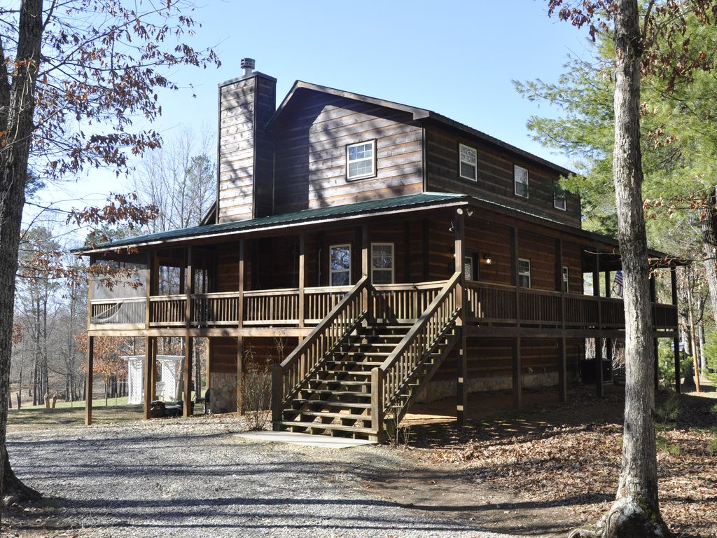Beautiful 3 Bedroom Cabin With Hot Tub Internet And Mountain Views Blairsville North Georgia