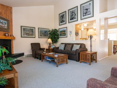 Photo for RMR: Roomy 3 Bedroom Townhouse in the Aspens!