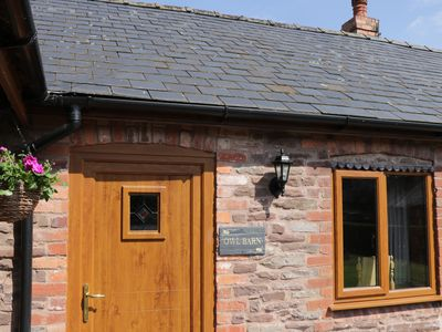 Photo for THE OWL BARN, pet friendly, with a garden in Leominster, Ref 5173