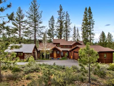 Photo for Beautiful Luxury Truckee House Located In The Lahanton - Gated Community