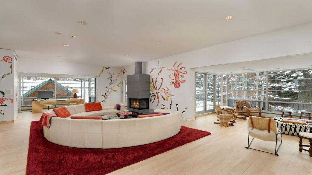 Contemporary Architecture And Décor Custom Art Own This Residence West End