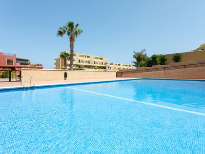 Photo for Apart. with pool, parking and free WIFI, 5 min from the beach